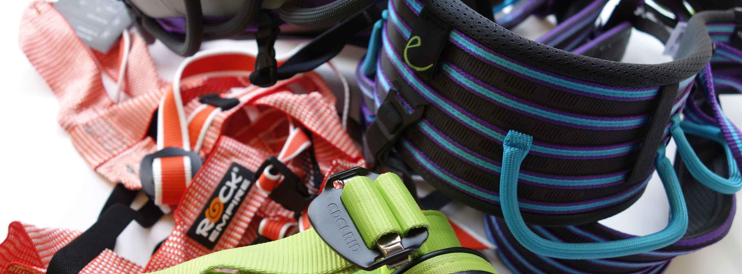 Rock climbing harnesses