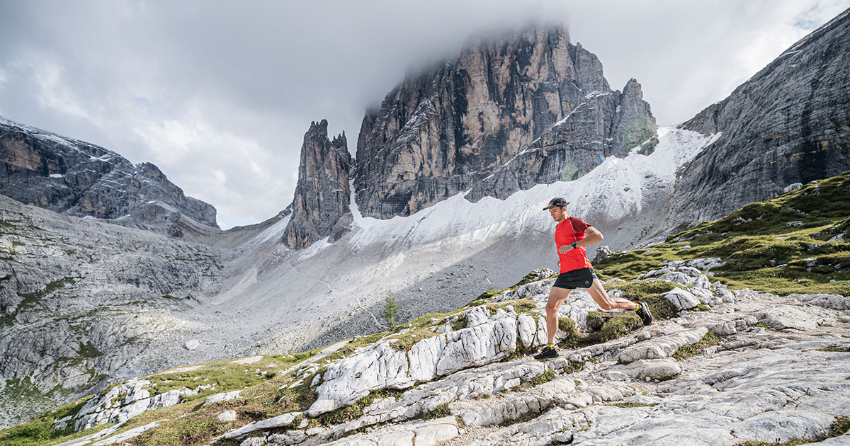 La Sportiva Auster Shorts in action