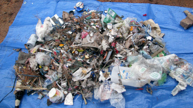 Rubbish collected in the Grampians