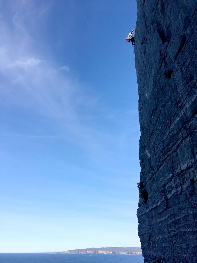 Point Perpendicular arête climb